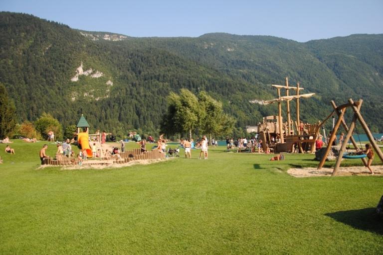 Molveno: il grande parco giochi a bordo lago