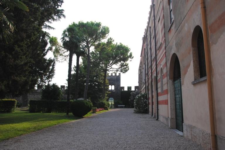 il cortile interno di Villa Arrighi