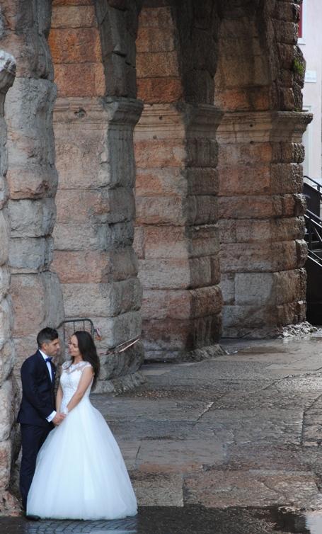 l'ala dell'arena è una delle scenografie preferite per il book fotografico degli sposi