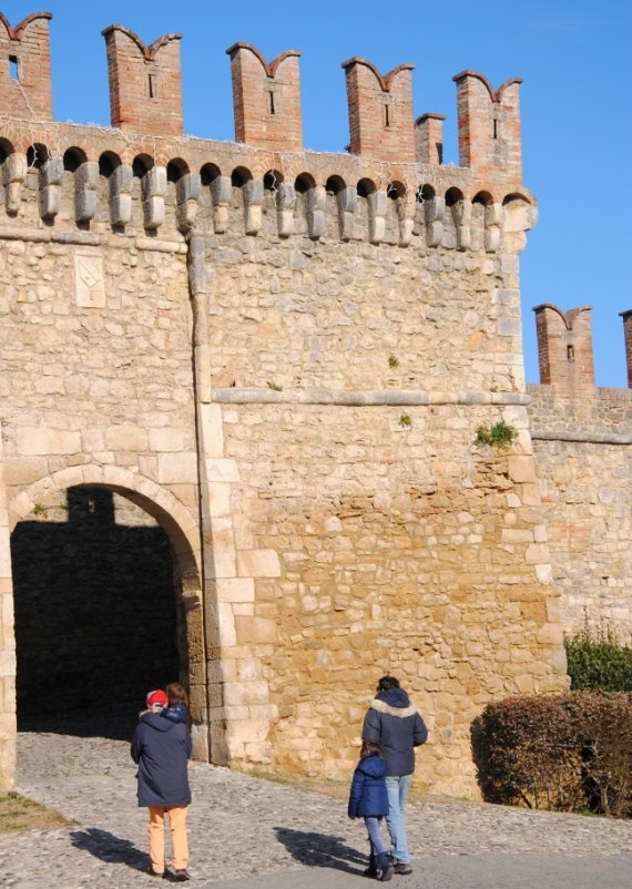 castelli ducato (8)