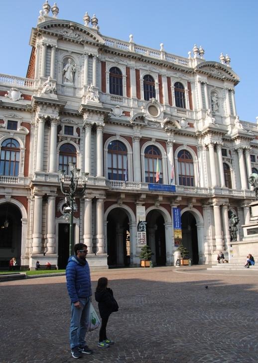 Palazzo Carignano, visto da piazza Carlo Alberto